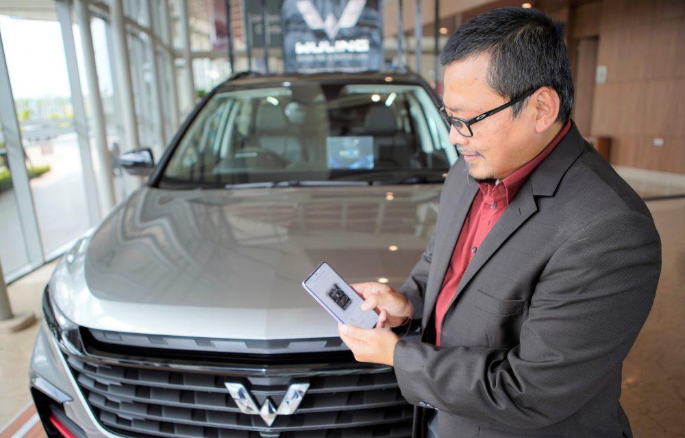 Menu Internet of Vehicle pada aplikasi MyWuling memiliki kemampuan untuk menghubungkan pengguna dengan mobilnya melalui smartphone 1000x639